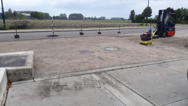 Nedabo B.V. - Straatwerk rondom nieuw aangebrachte tankplaats