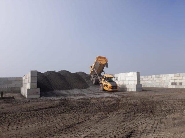 Nedabo B.V. - Nieuwe betonblokken 160x80x80 cm