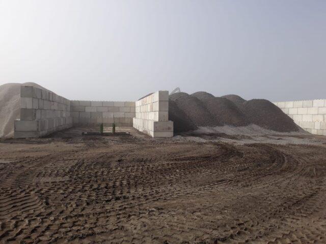 Nedabo B.V. - Het leveren en stapelen van betonblokken