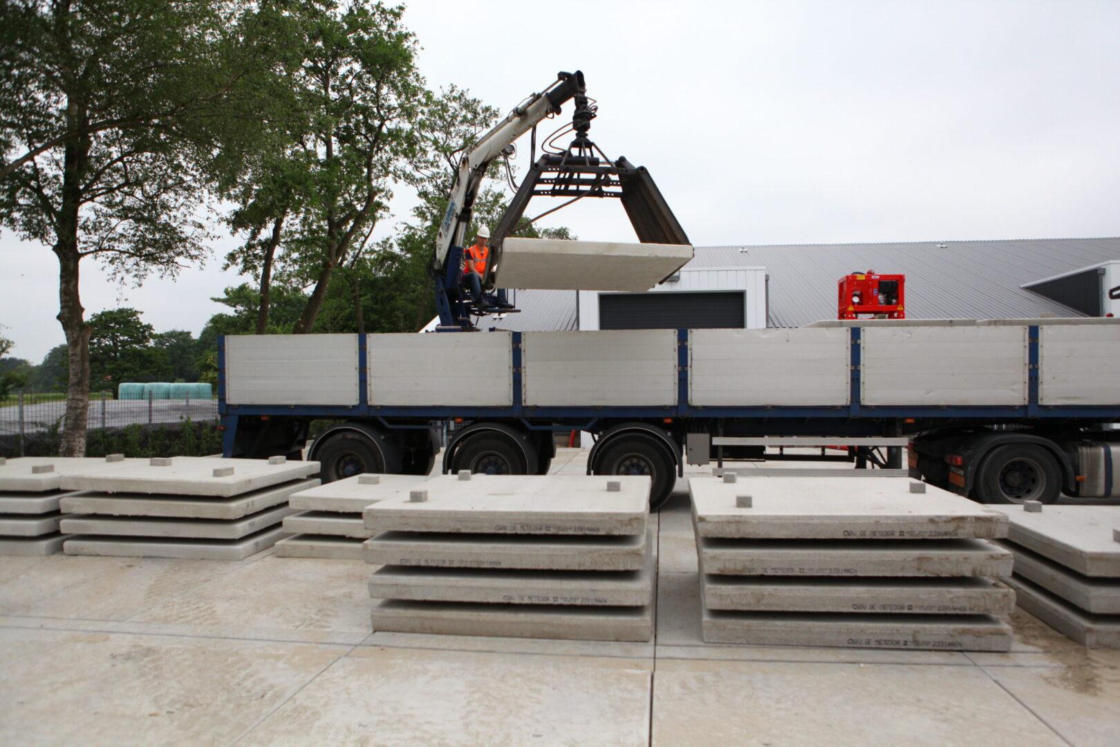 Nedabo B.V. - Stelcon® platen l betonplaten l industrieplaten