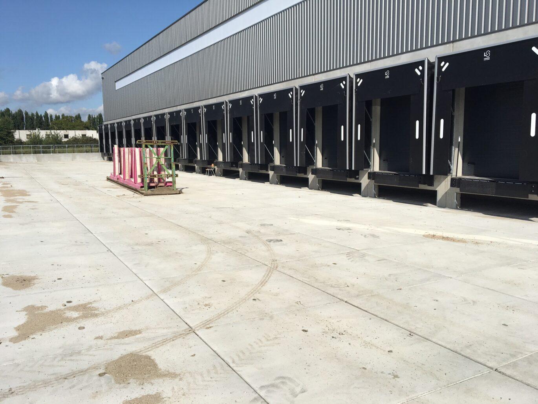 Nedabo B.V. - Het leveren van zwaarverkeer betonplaten